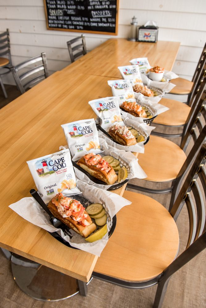 Quincy's Original Lobster Rolls