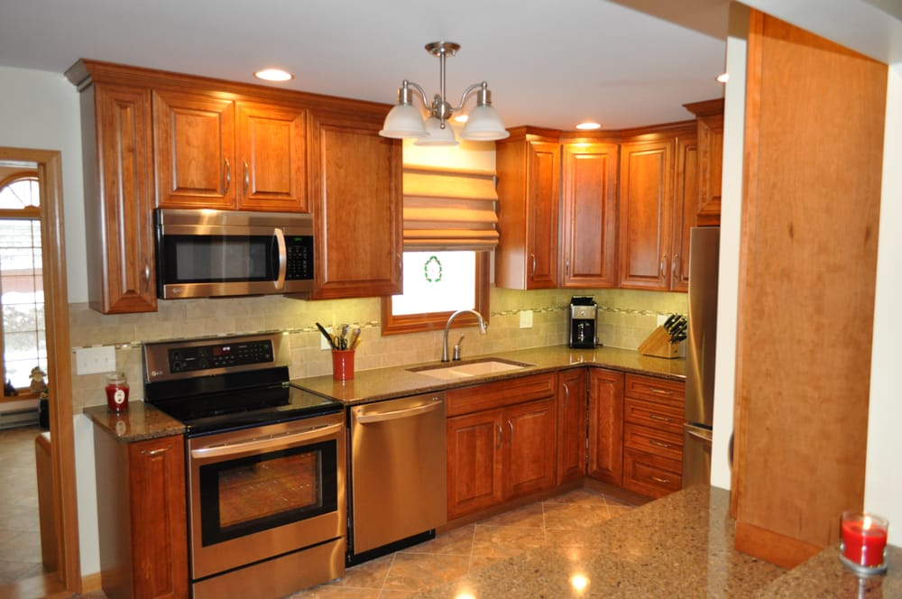 Top Value Kitchens: 17 E Center St, Shavertown, PA