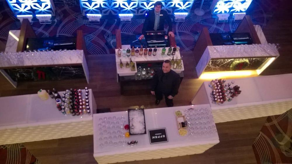 Flight Martini & Wine Lounge - 24 Photos & 24 Reviews - Lounges ...