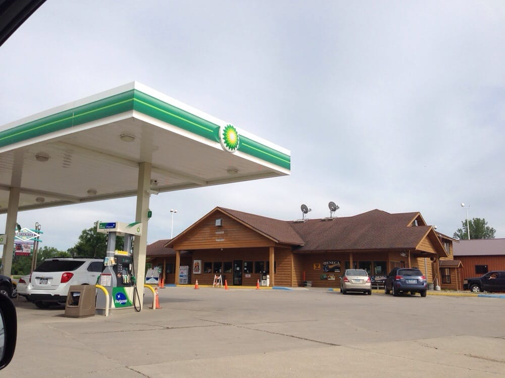 Meskwaki Trading Post: 1496 Highway 30, Tama, IA