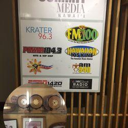 Hawaiian 105 KINE - 16 Reviews - Radio Stations - Honolulu