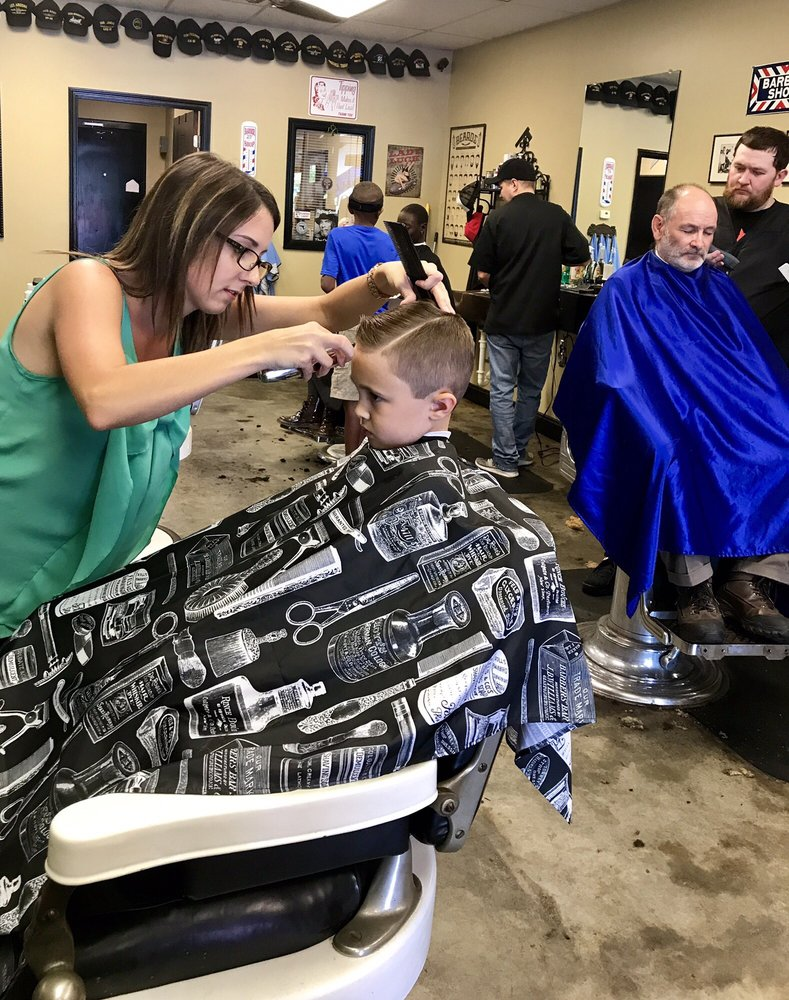 Mr Ray's Barber Style Shop: 445 State Rd 13, Jacksonville, FL