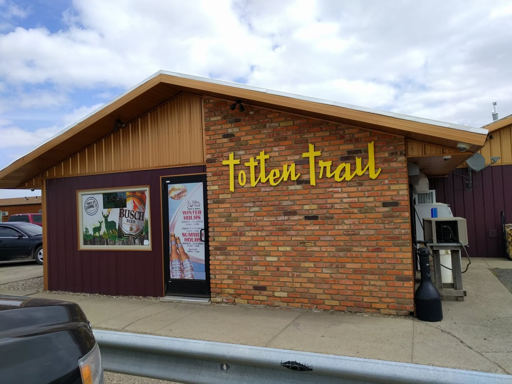 Totten Trail Bar & Grill: 1412A Hwy 83 N, Coleharbor, ND