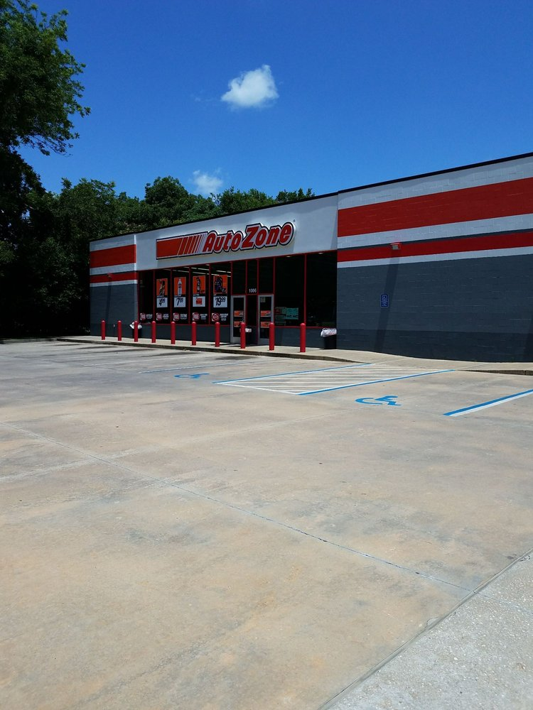 AutoZone Auto Parts: 1006 Gilmer Ave, Tallassee, AL