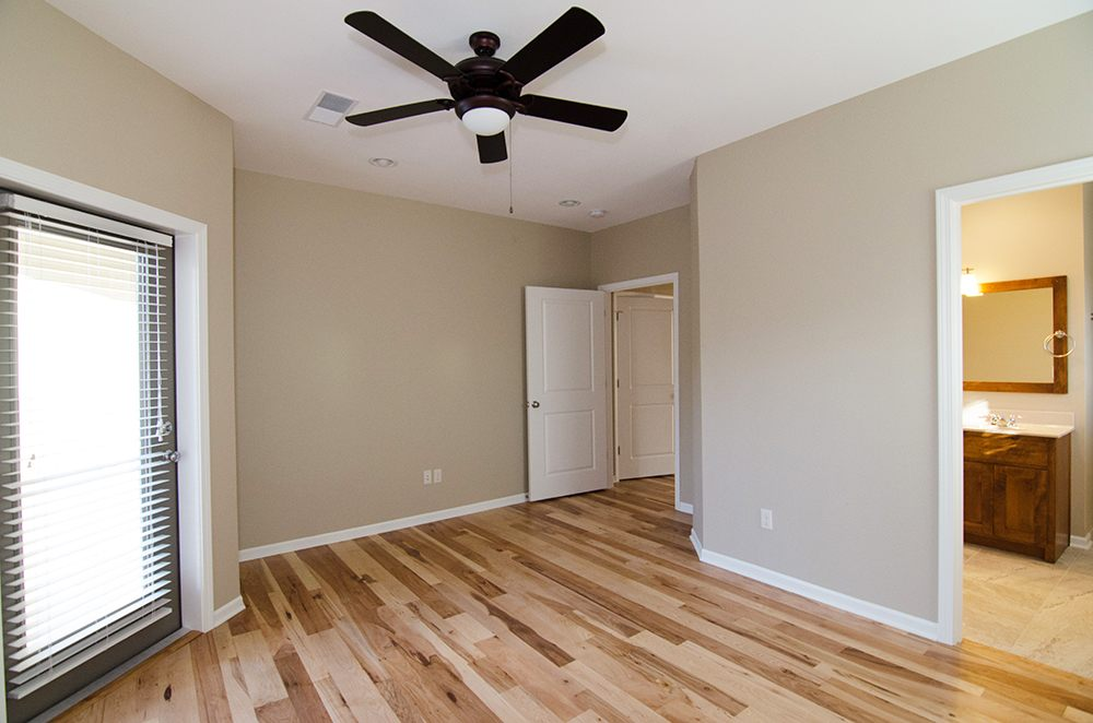River Birch Apartments: 2804 Clover Way, Columbia, MO