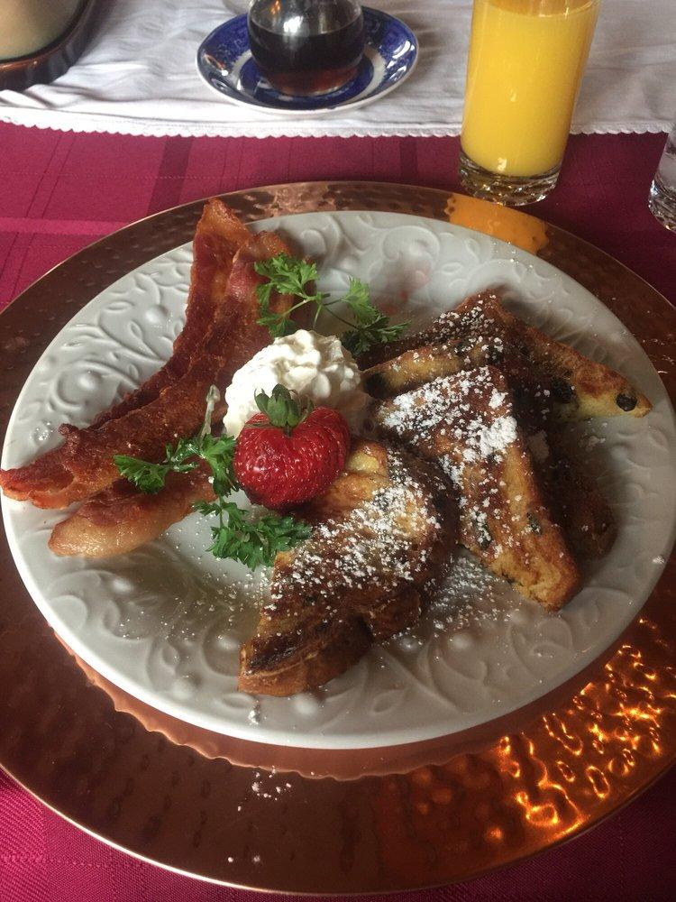 Brumder Mansion Bed & Breakfast