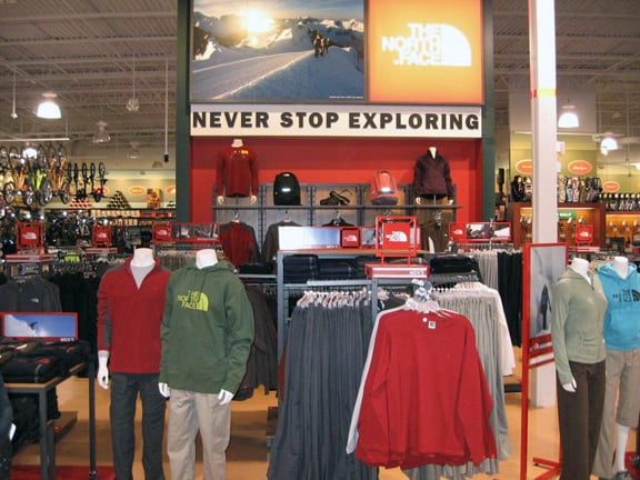 DICK'S Sporting Goods: 2054 N State Rte 50, Bourbonnais, IL