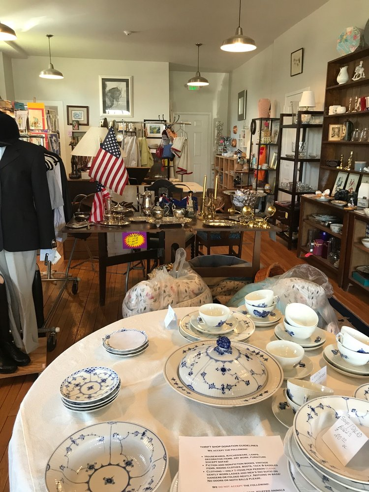 Middleburg Humane Resale Boutique: 8351 W Main St, Marshall, VA