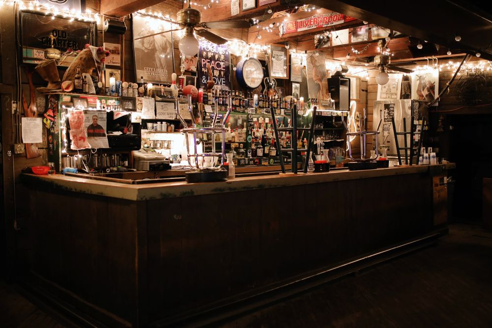 White Water Tavern: 2500 W 7th St, Little Rock, AR