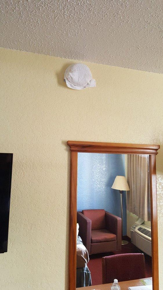 Days Inn by Wyndham Eastland: 2501 I-20 East, Eastland, TX