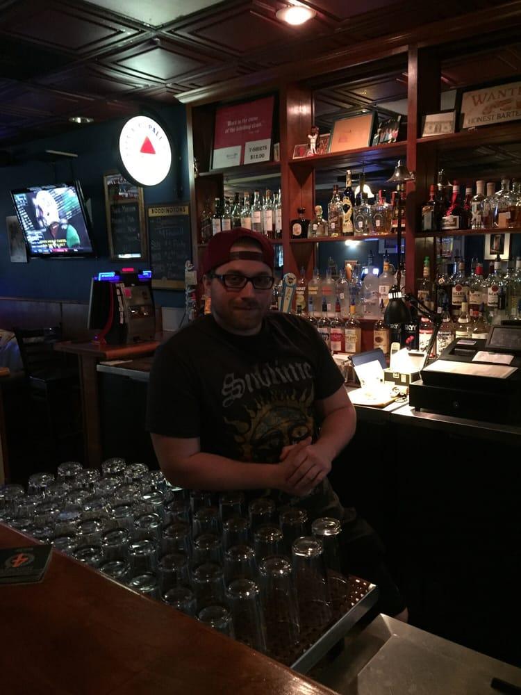 Malone's Pub