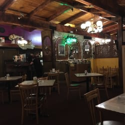Photo Of Denicola S Restaurant Portland Or United States We Didn T