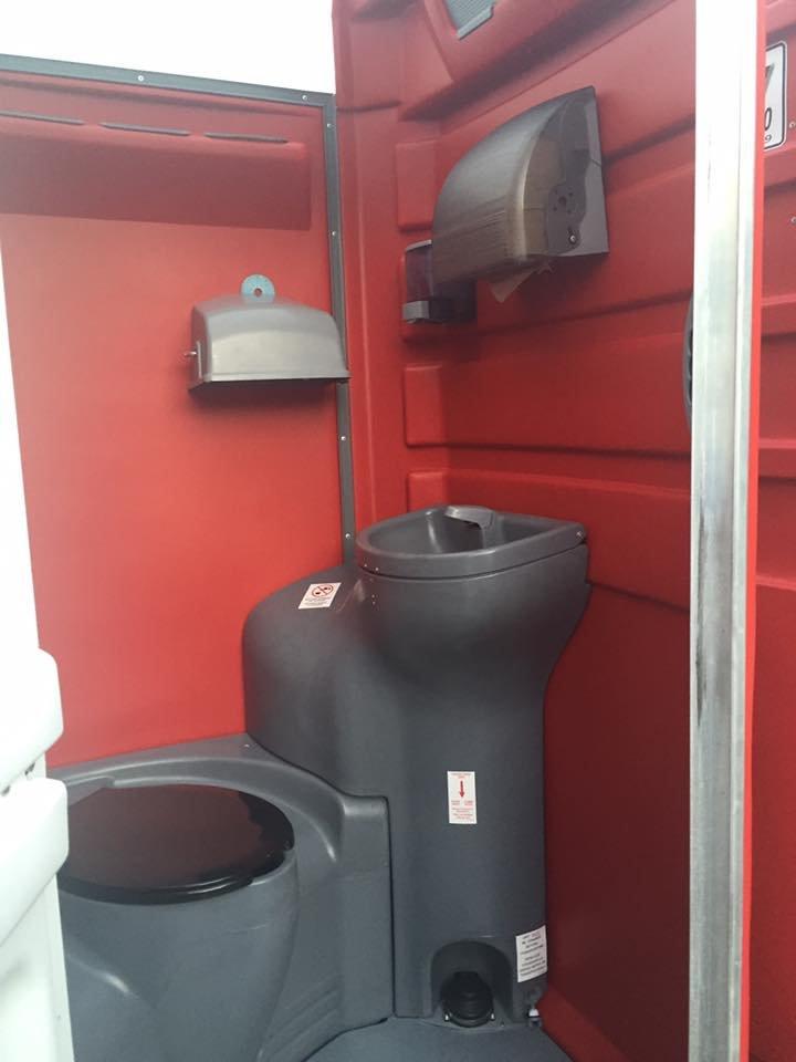 Tri-State Sanitation: 464 Mudd Pike Rd, Markleysburg, PA