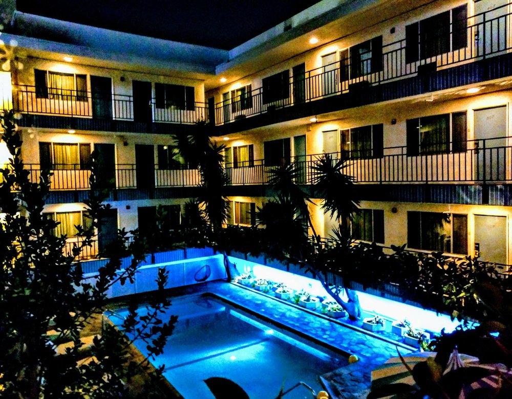 Beverly laurel motor inn 73 photos 105 reviews for Beverly laurel motor inn