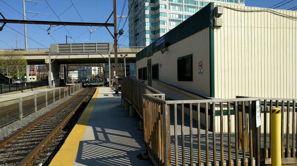SEPTA - Conshohocken Station: 8 W Washington St & Fayette St, Conshohocken, PA