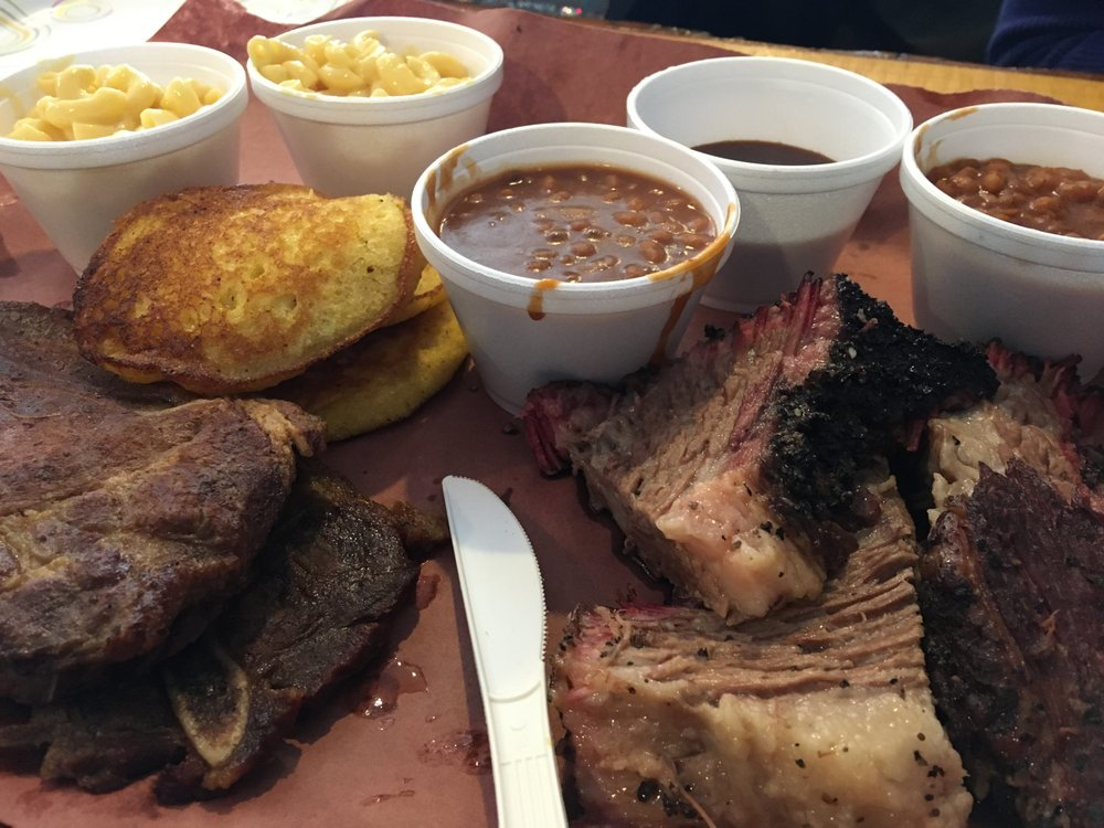 Food from Waldens BBQ