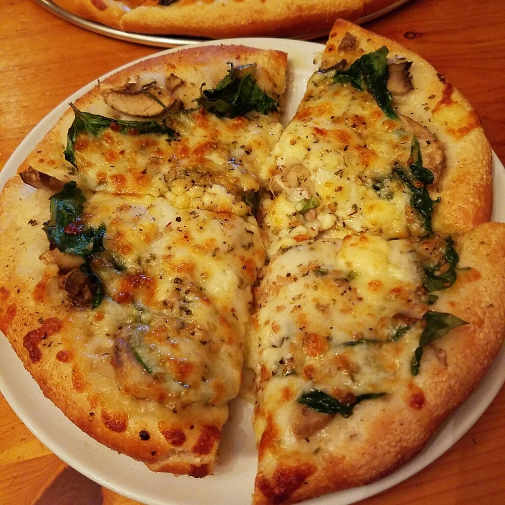 Sidestreet Pizza & Pasta: 135 S Trade St, Tryon, NC
