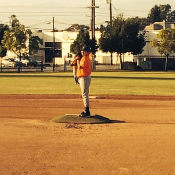 Whittier Pony Baseball - Amateur Sports Teams - 15337 Lemon