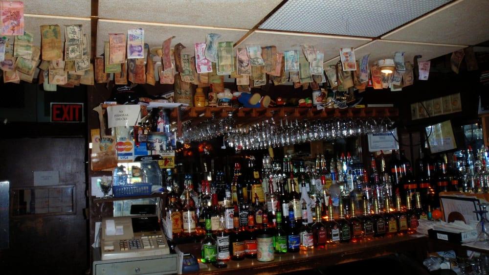 Snuffy's Cafe & Lounge: 208 Hickory St, Warren, PA