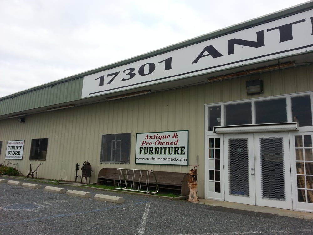 Antiques Ahead: 17301 Lankford Hwy, Parksley, VA