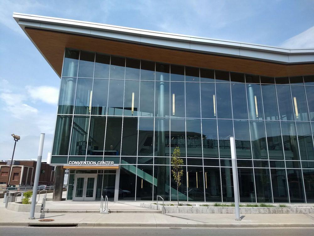 Charleston Coliseum and Convention Center: 200 Civic Center Dr, Charleston, WV