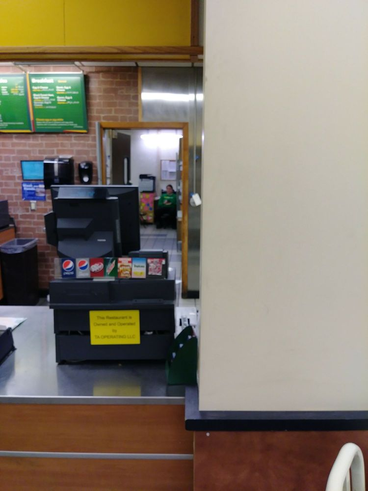 Subway: 102 NW 4th St, Concordia, MO