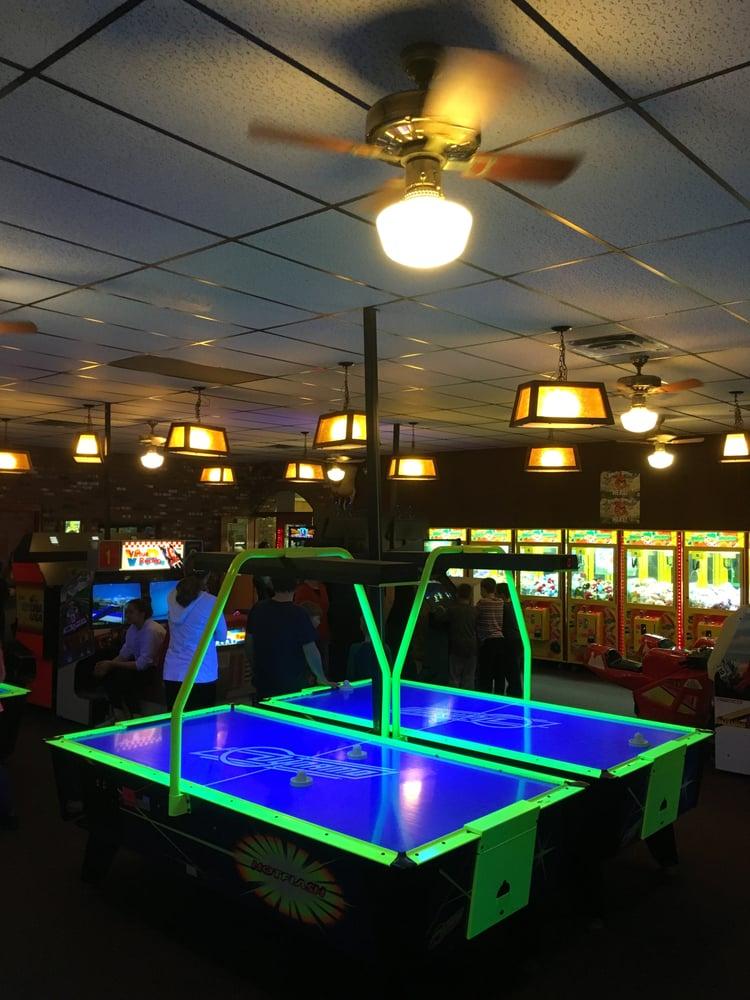 Photo of Guptill's Roller Skating Arena: Cohoes, NY