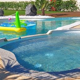 Ruiz construction piscines 14 photos piscines 14 for Construction piscine gironde