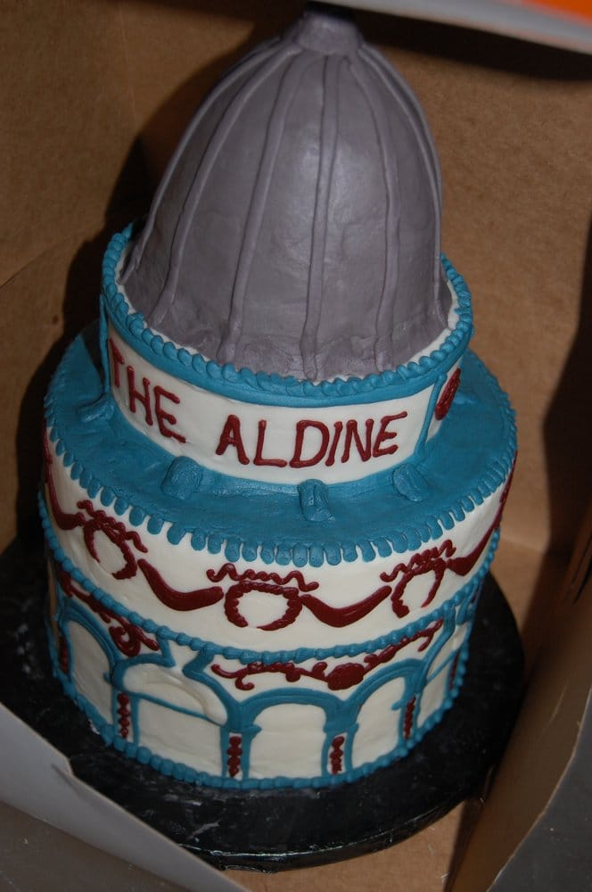 My Birthday Cake Inspired By The Aldine A Building On Armitage