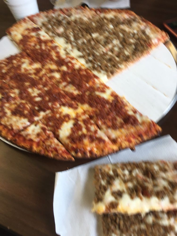 Pizza King: 48 E Kentucky St, Clayton, IN