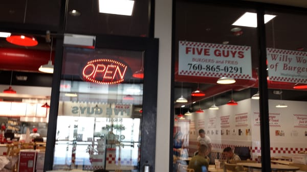 Five Guys - 13 Photos & 29 Reviews - Burgers - 29 Palms