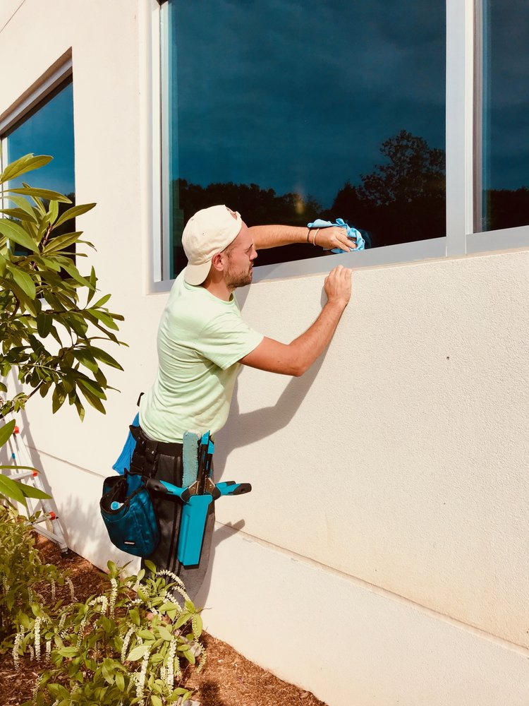 Pandimensional Window Cleaning: Mills River, NC