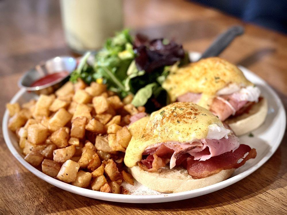 Popping Yolk Cafe: 119 W Main St, Alhambra, CA