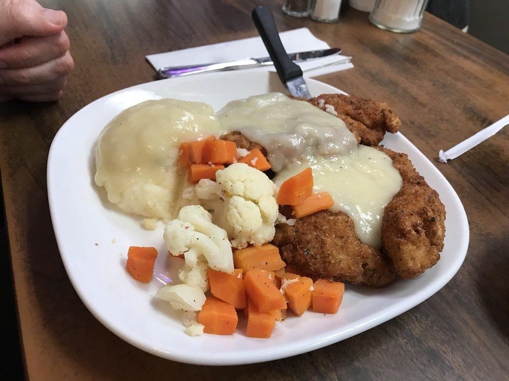 Harry's Restaurant: 149 Turnpike Rd, Westborough, MA