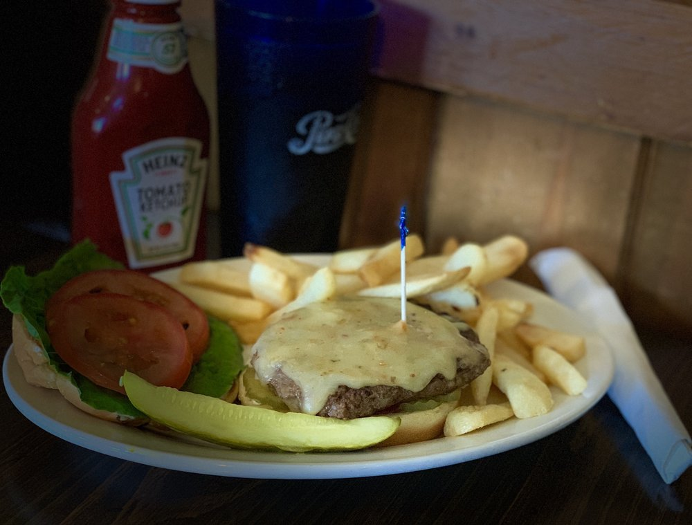 Tartan Restaurant: 31 Coffey Rd, Linville, NC