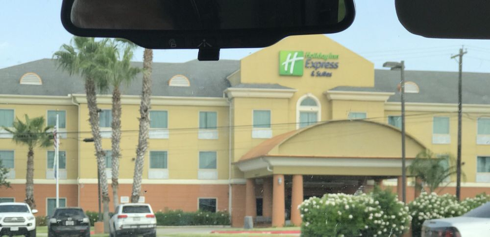Holiday Inn Express & Suites Corpus Christi Nw - Calallen: 13425 Brookhaven Dr, Corpus Christi, TX