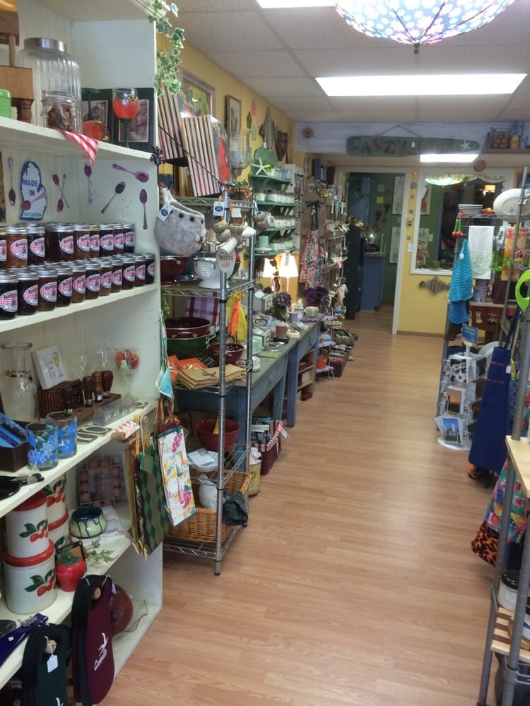 Cottage Outfitters: 6815 Michigan St, Caseville, MI
