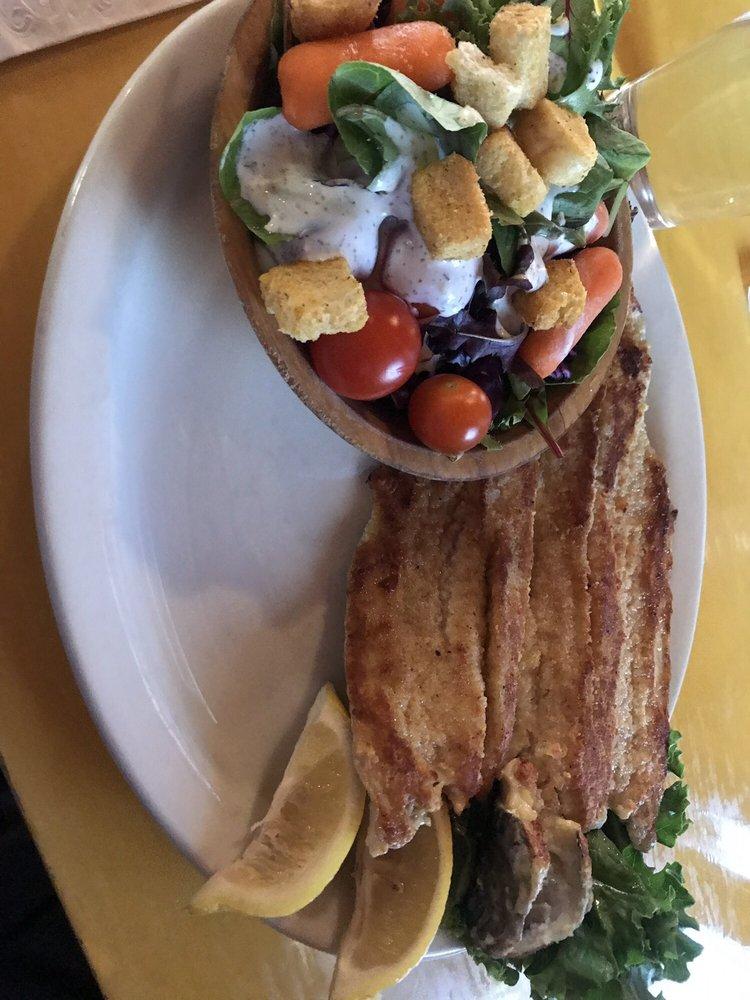Log Cabin Cafe: 106 US Hwy 212 W, Silver Gate, MT