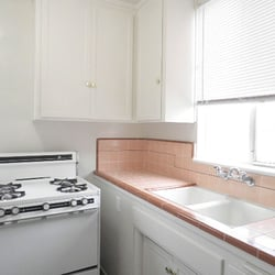 Apartments In Westwood - 803 Levering Ave, UCLA, Los Angeles