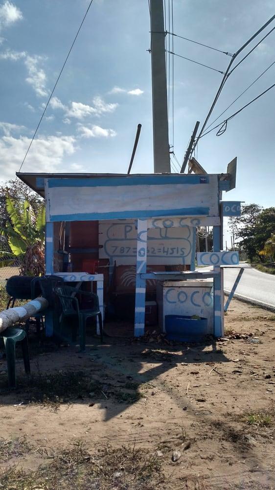 Coco Picu: 681 and Calle los Nieves, Arecibo, PR
