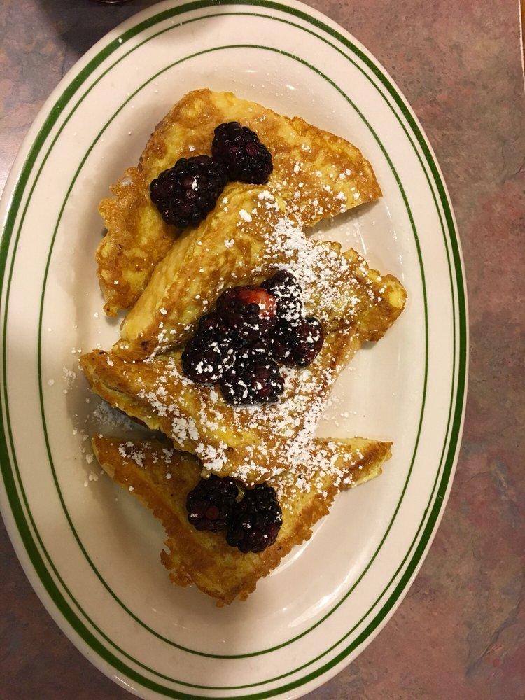 Cudahy's Pancake House: 4753 S Packard Ave, Cudahy, WI