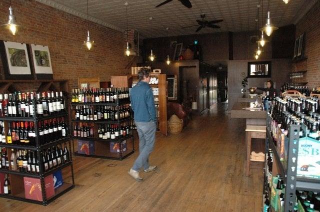 Vintage Vine: 104 N 1st St, Roslyn, WA
