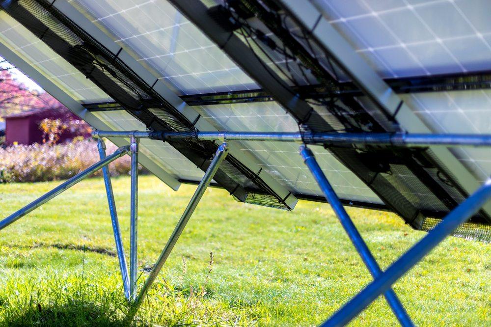 Valley Solar: 340 Riverside Dr, Northampton, MA