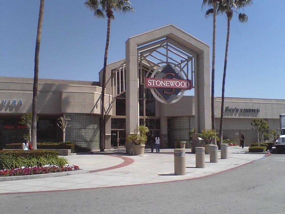 Restaurants Near Downey Mall