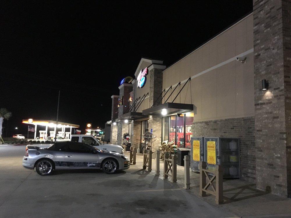 Tiger Mart #80: 301 US 175, Eustace, TX