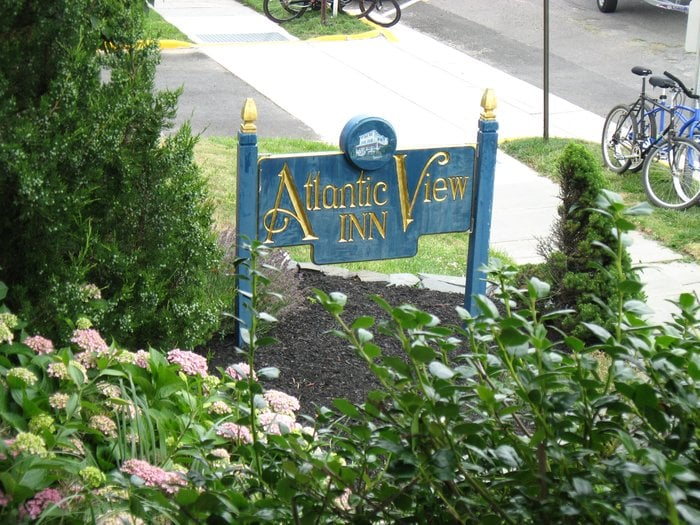 Atlantic View Inn: 20 Woodland Ave, Avon-By-The-Sea, NJ