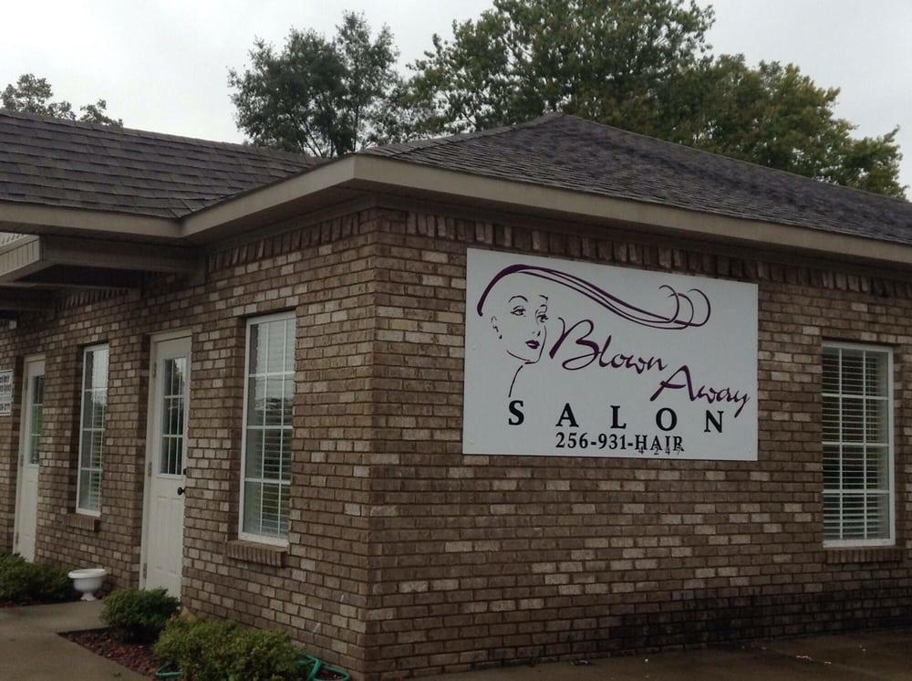 Blown Away Salon: 500 2nd Ave NE, Arab, AL