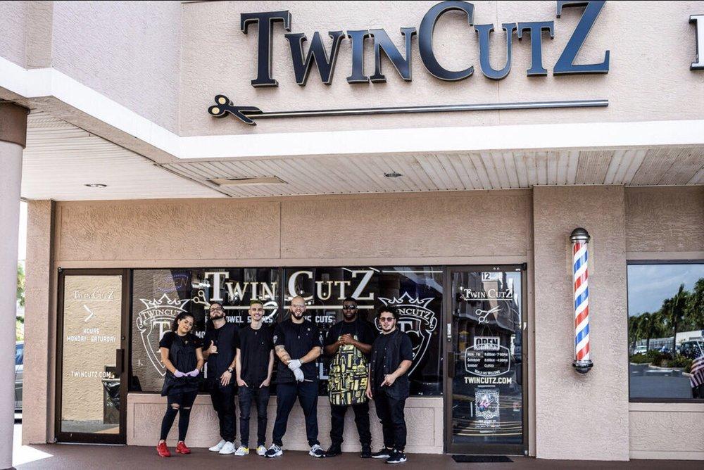 TwinCutZ - McGregor: 12901 McGregor Blvd, Fort Myers, FL