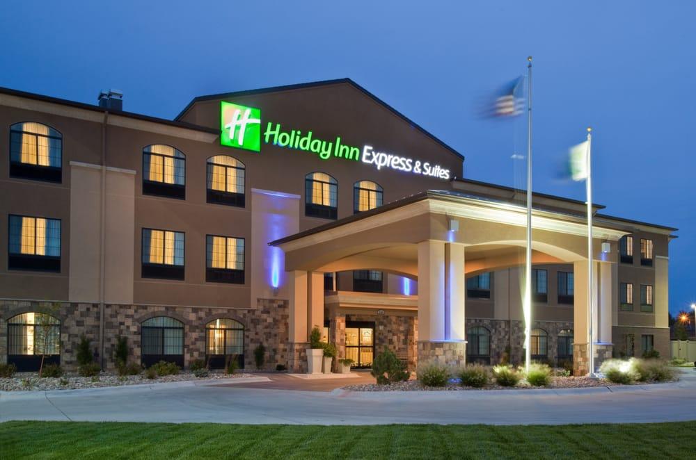 Holiday Inn Express & Suites Grand Island: 3404 W Faidley Ave, Grand Island, NE