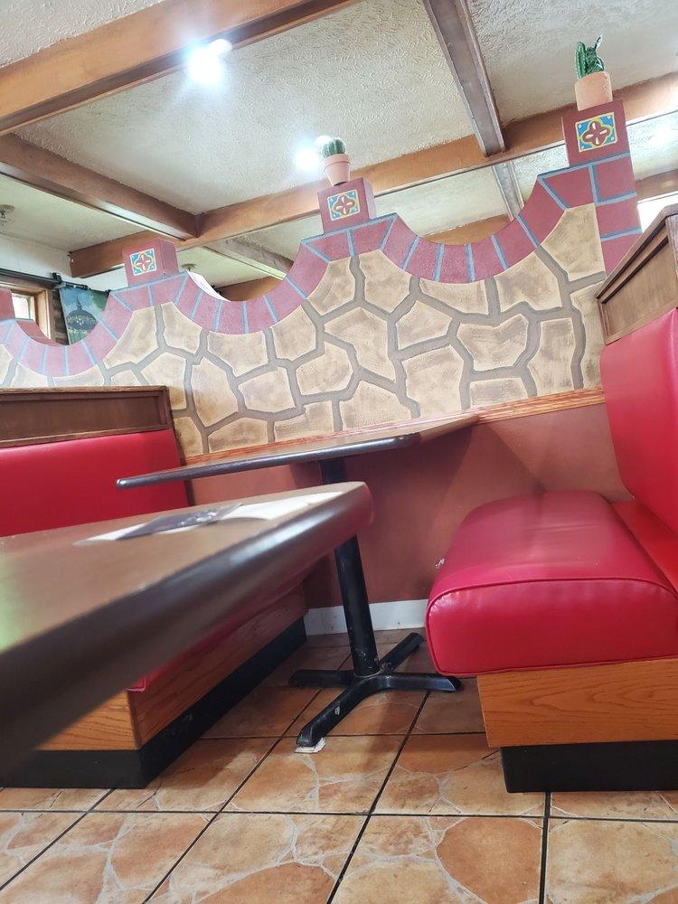 Los Altos Mexican Restaurant: 302 SE Kent St, Greenfield, IA